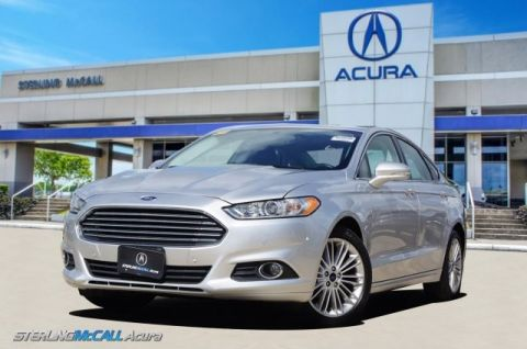 Pre-Owned 2016 Ford Fusion SE 24K Miles, Leather, Sunroof, Bluetooth & more!