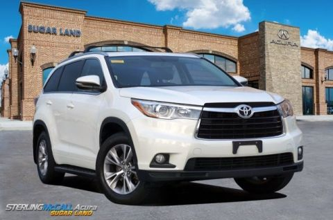 Pre-Owned 2015 Toyota Highlander XLE *** NAVIGATION ***