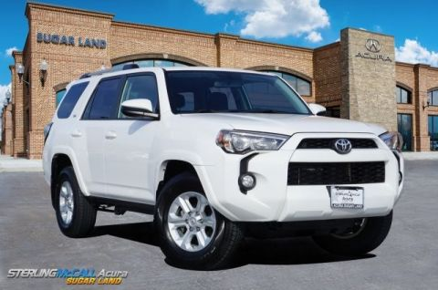 Pre-Owned 2019 Toyota 4Runner SR5 *** Third Row *** NAVIGATION ***